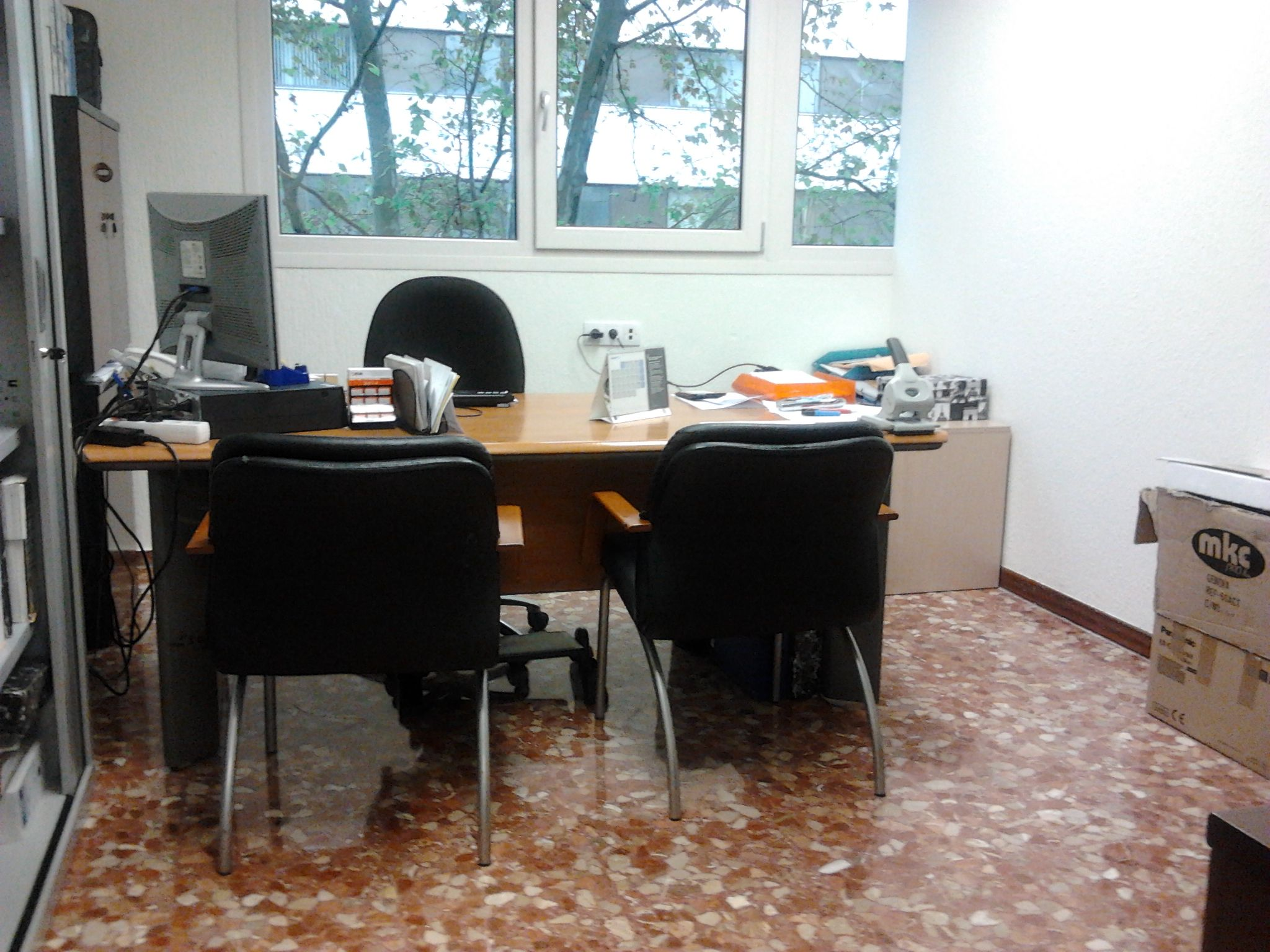 Conoces la importancia de limpiar la oficina