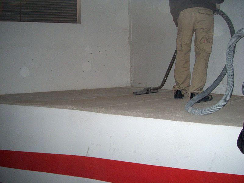 Limpieza de garajes en Valencia - Limpieza lugares de difícil acceso - VGA Servicios de limpieza