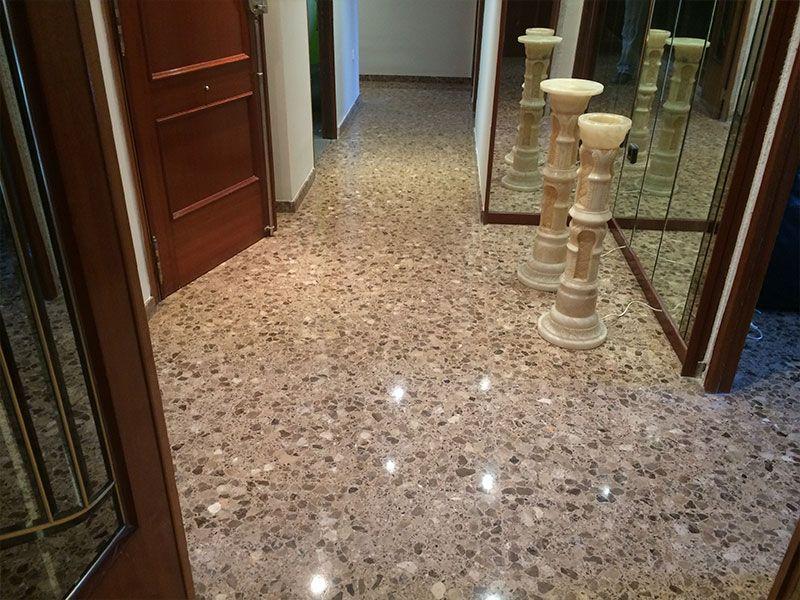 Cristalizado y diamantado de suelos - VGA empresa de limpieza en Valencia