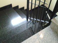 Limpieza escalera - VGA empresa limpieza Valencia