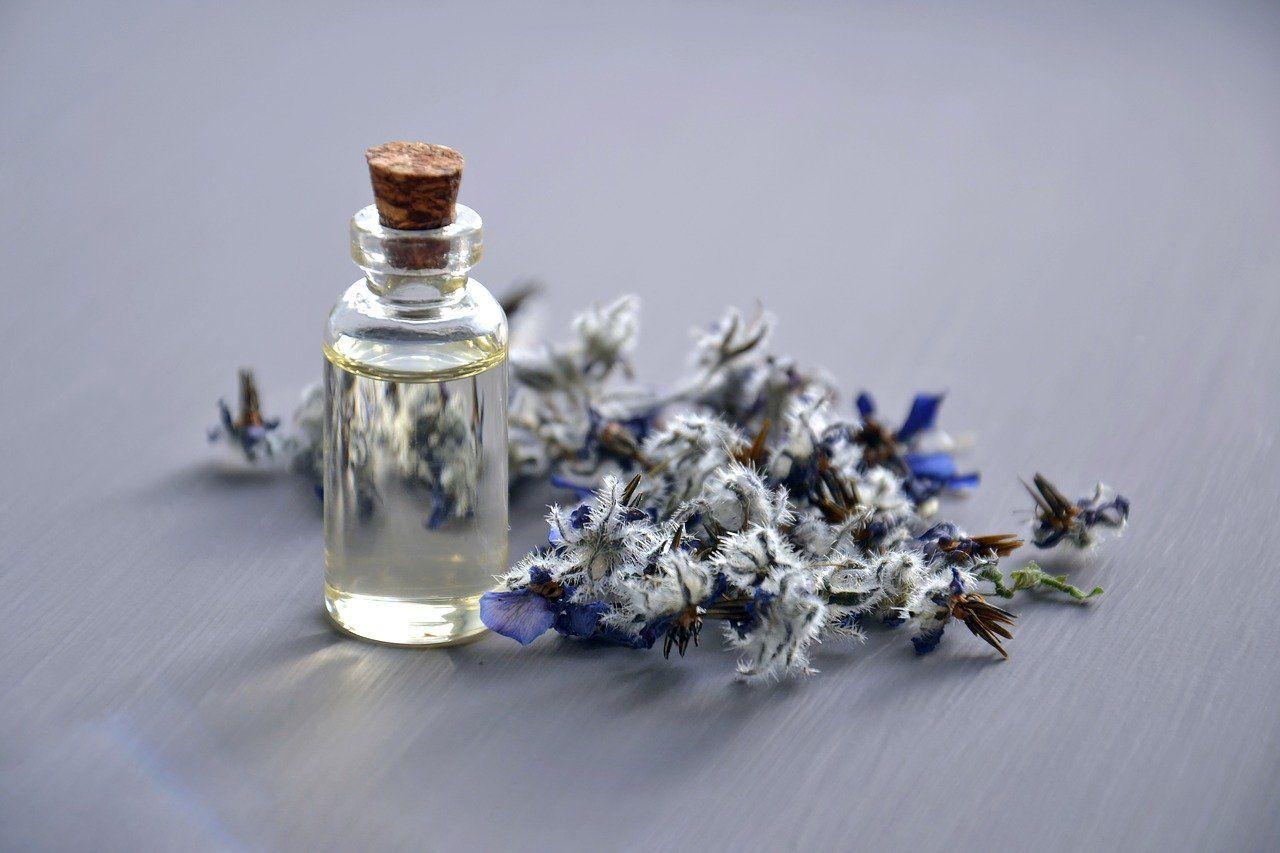 5 aceites esenciales para que tu oficina huela bien