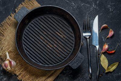 Cómo limpiar una plancha de cocina correctamente