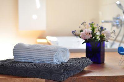 Cada cuánto debes lavar la ropa de cama y de baño