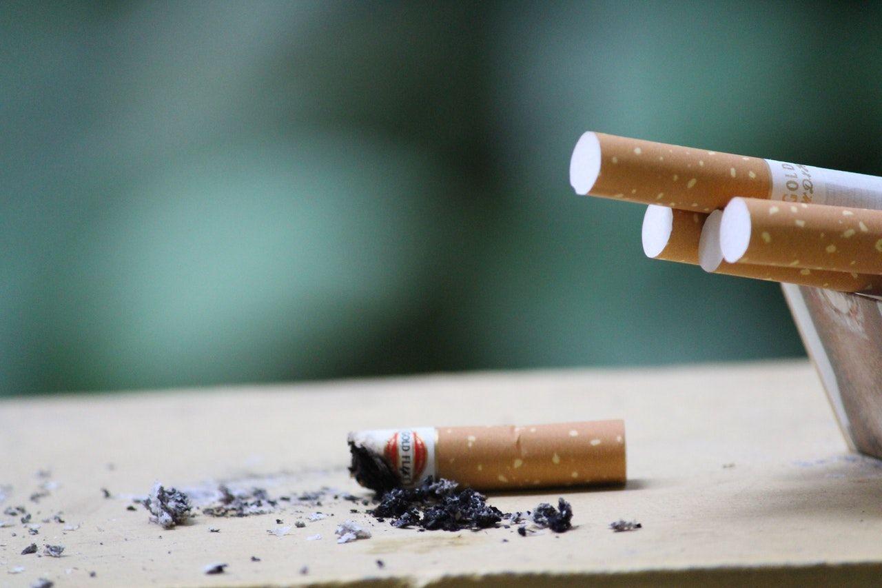 Trucos para eliminar el olor a tabaco de tu casa