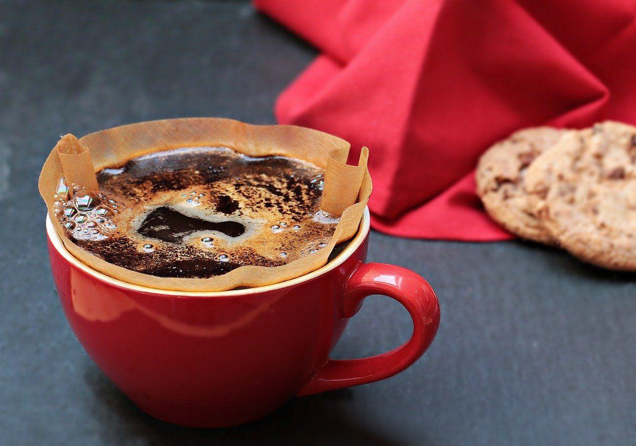 Cómo utilizar bien los restos de café para quitar el mal olor de las tuberías